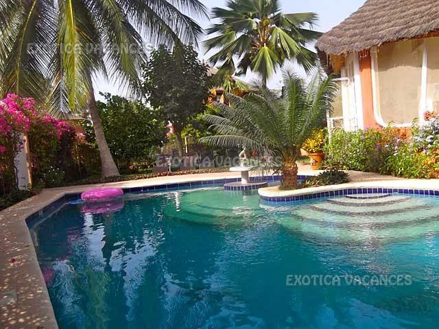 maison avec piscine en r sidence location semaine et longue dur e 2 3 mois et p. Black Bedroom Furniture Sets. Home Design Ideas