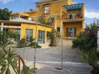 A Vendre Magnifique Maison à Saint Louis Quartier Vauvert Au Bord De L Eau Face La Mangrove