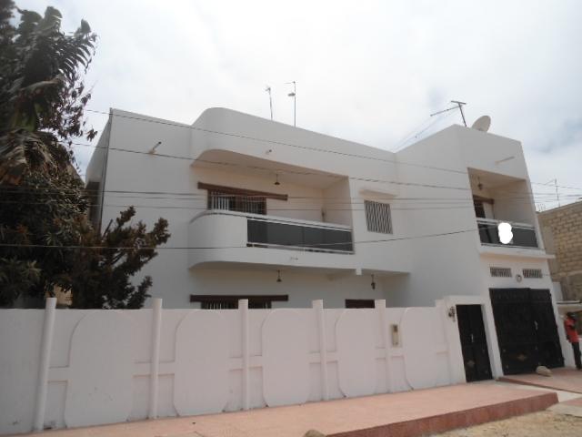A louer une belle villa liberte 6 ext vdn for Acheter une maison au senegal a saly