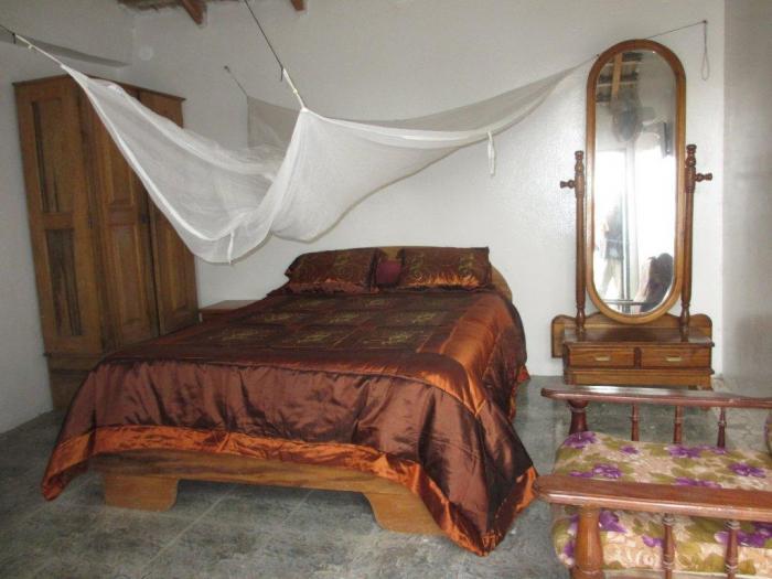 Location appartement chambres pas cher saint louis 5m for Chambre d hote puy du fou pas cher