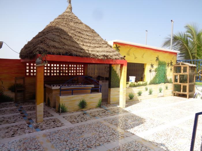 Maison meubl e saint louis for Garage des canaux vauvert